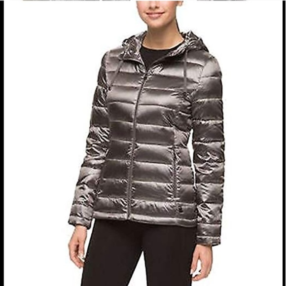 373466c2a Andrew Marc Featherweight Down Hooded Women Jacket